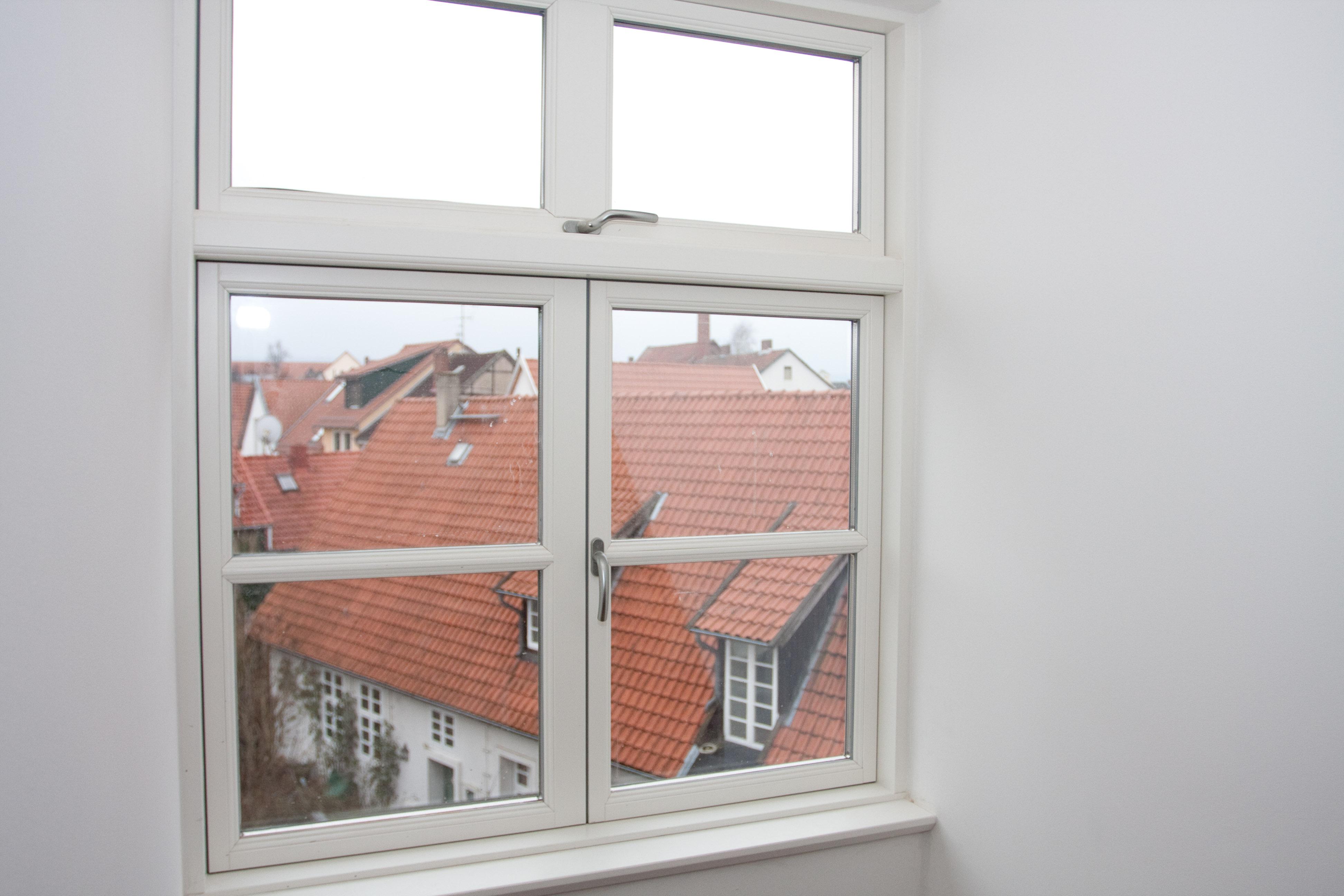 Dachgeschoss 9462 fenster t ren minden br ggemann und kube - Vrogum fenster ...